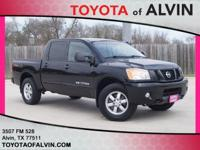 CLEAN CARFAX!, 4X4, and LEATHER SEATS. 4WD, ABS brakes,