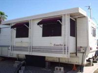 2012 Northwood Arctic Fox This truck camper is self