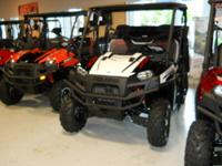 The 2012 Polaris RANGER XP 800 EPS features: *****