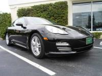 *** ONLY 6,807 MILES *** PANAMERA 4! 19GÇ¥