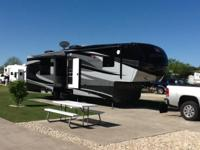 RV Type: Fifth Wheel Year: 2012 Make: Redwood Design: