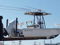 SeaHunter 24 Bay Boat, Engine Yamaha F350, GPS Trolling