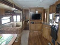 Beautiful 2012 Starcraft Lexion S-Lite Bunkhouse Travel