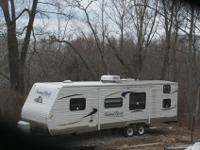 2012 Sunnybrook Edgewater Travel Trailer 29ft. I slide,
