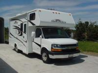 2012 SUNSEEKER by FOREST RIVER  C class motor home.
