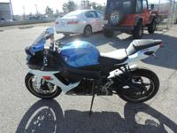 For 2012 the GSX-R750 is available in a new Marble
