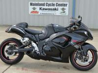 For 2012 the Hayabusa is available with new graphics