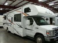 2012 Thor Four Winds 28Z.   Ford Gas V-10 Engine,