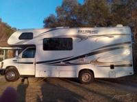 This 2012 Thor Freedom Ellite 21 C is a well maintained