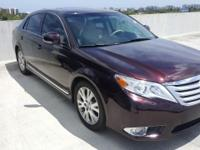 Looking for a clean, well-cared for 2012 Toyota Avalon?