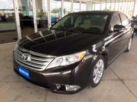 *** 2012 Toyota Avalon *** CARFAX: 1-Owner, Buy Back