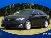 2012 Toyota Camry SE lets you cart everyone and