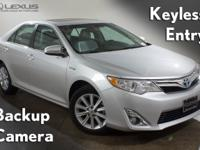 2012 Toyota Camry Hybrid XLE and K-Certified ( 2