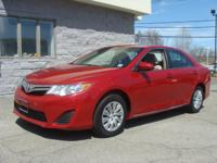1 owner, clean carfax 2012 Toyota Camry LE Bluetooth,