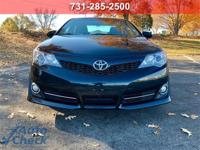 Blue 2012 Toyota Camry SE FWD 6-Speed Automatic 2.5L I4
