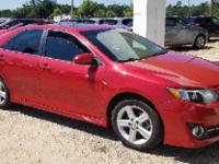 Barcelona Red Metallic 2012 Toyota Camry SE FWD 6-Speed