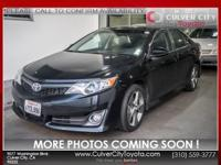 Options:  2012 Toyota Camry Se|Black|Toyota