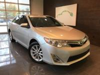 Classic Silver Metallic 2012 Toyota Camry SE FWD