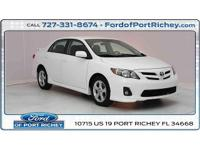 *New arrival* clean carfax, 2012 toyota corolla s, (