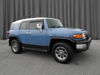 2012 Toyota FJ Cruiser!! CLEAN CARFAX/NO ACCIDENTS