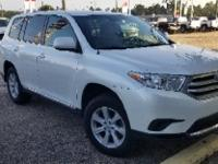 Blizzard Pearl 2012 Toyota Highlander FWD 6-Speed
