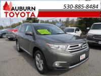 1 OWNER, MOON ROOF, LEATHER!  This 2012 Toyota