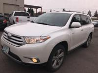 CarFax One-Owner, Clean CarFax, NAV / NAVIGATION/ GPS,