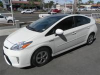 PRIUS VI WITH PANORAMIC ROOF PACKAGE Our Location is: