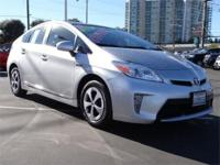 AIR CONDITIONING, ALLOY WHEELS, BACK UP CAMERA,
