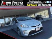 Options:  2012 Toyota Prius Base|Am/Fm Stereo| Cd