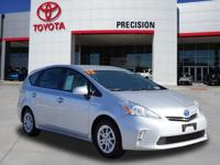 Certified. Prius v Three, Station Wagon, 1.8L