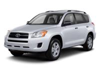 Exterior Color: dark green, Body: SUV, Engine: Gas I4