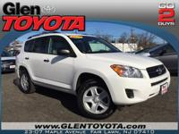 Exterior Color: super white, Body: SUV, Engine: Gas I4