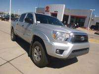 Exterior Color: silver, Body: Crew Cab Pickup, Engine: