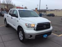 Tundra+trim.+Bed+Liner%2C+Tow+Hitch%2C+Alloy+Wheels%2C+