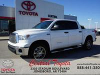 TOWING PACKAGE, XM RADIO, 4WD, 4WD, Navigation System.