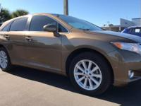 2012 Toyota Venza Bronze CARFAX One-Owner. Clean