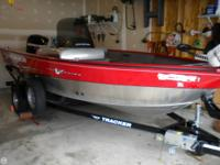 This like new boat has low hours on the Mercury 60 EFI,