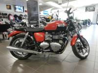 2012 Triumph Bonneville SE - Intense Orange  Bonneville