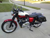 2012 Triumph Bonneville T100 with traditional Red and