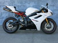 (912) 965-0505 Perfect Bike! Akrapovic Exhaust, R Model