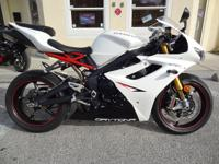 2012 Triumph Daytona 675R Ohlins Full Suspension Clean