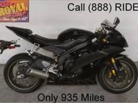 2012 used Yamaha R6 crotch rocket for sale with only