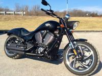 2012 Victory Hammer 8-Ball Great Bike great pipes great