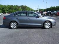 Late Model! 2012 Volkswagen Jetta SE. Automatic.