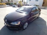 Options:  2012 Volkswagen Jetta Sedan Se