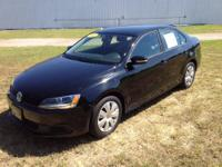 This 2012 Volkswagen Jetta Sedan 4dr Auto SE PZEV is
