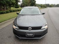 Jetta 2.5L SE, 4D Sedan, 2.5L 5-Cylinder DOHC, 6-Speed