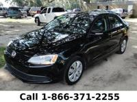 2012 Volkswagen Jetta Sedan SE PZEV *** Still under