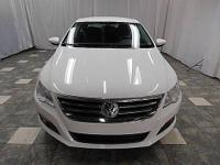 This 2012 Volkswagen CC 4dr 4dr Sdn Lux Sedan features
